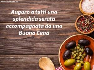 tavola con vari tipi di olive
